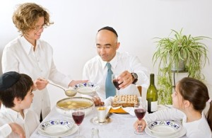 Family-Passover-meal